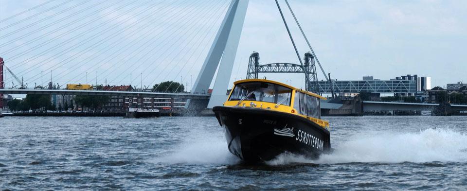 Maas taxi Rotterdam.